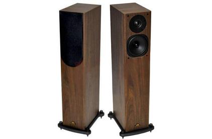 Колонка напольная Castle Acoustics Knight 3 Walnut