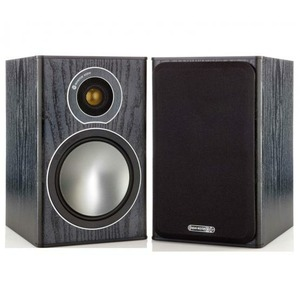 Колонка полочная Monitor Audio Bronze 1 Black Oak