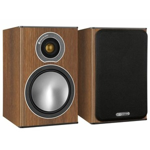 Колонка полочная Monitor Audio Bronze 1 Walnut