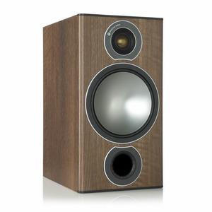 Колонка полочная Monitor Audio Bronze 2 Walnut