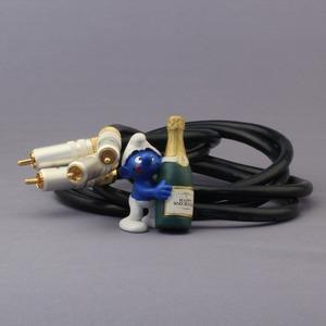 Кабель аудио 2xRCA - 2xRCA DH Labs Air Matrix Innerconnect RCA 2.0m