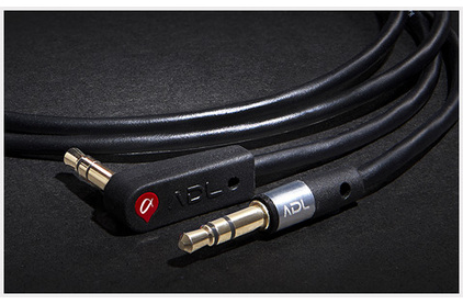 Кабель аудио 1xMini Jack - 1xMini Jack Furutech ADL iHP-35L 3.0m