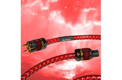 Кабель силовой Schuko - IEC C13 DH Labs Red Wave AC Cable 1.5m
