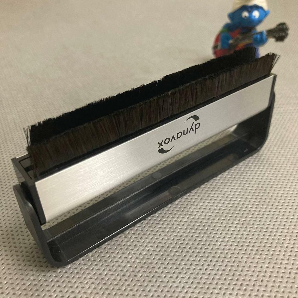 Щетка для пластинок DYNAVOX Carbon Fiber Disc Brush (203922)