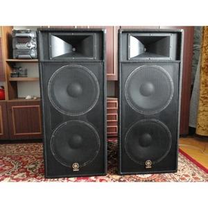 Колонка концертная Yamaha S215V