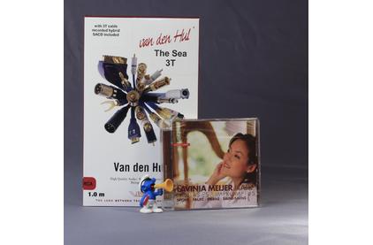 Кабель аудио 2xRCA - 2xRCA Van Den Hul The SEA Hybrid (3T) RCA 0.8m