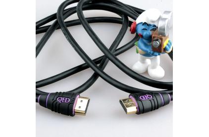 Кабель HDMI - HDMI QED (QE5001) Profile HDMI 1.0m
