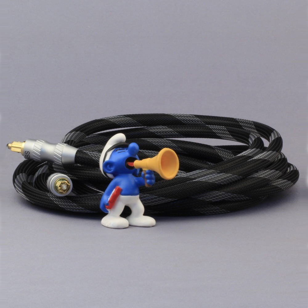 Кабель оптический Toslink - Toslink DH Labs Toslink Optical Cable 5.0m