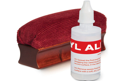 Щетка для пластинок ION Audio VINYL ALIVE Record Cleaning Kit