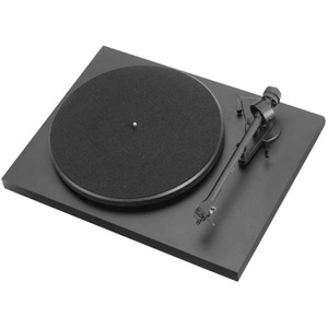 Проигрыватель виниловых дисков Pro-Ject Debut III DC Black (OM-5E)