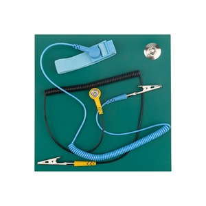 Антистатический браслет Noname 12-0332 Коврик антистатический термостойкий 200х200х2.5 мм с браслетом и гарнитурой