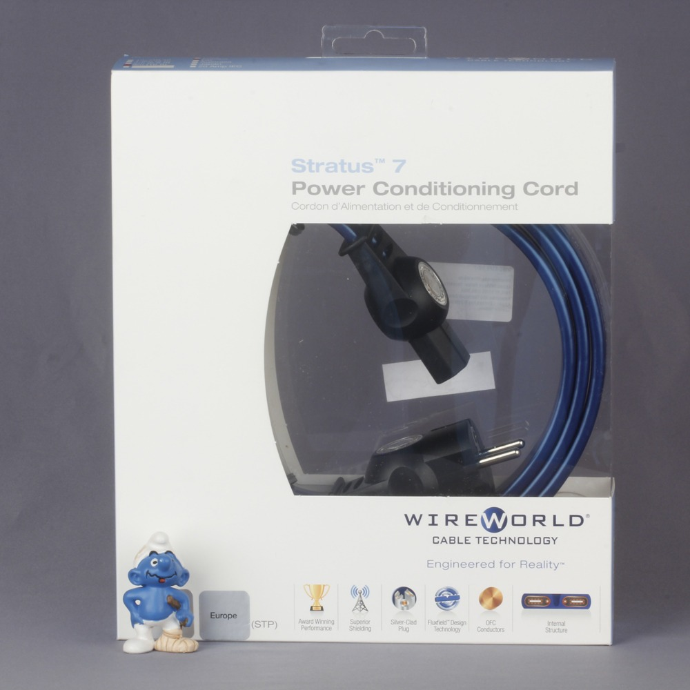 Кабель силовой Schuko - IEC C13 WireWorld Stratus 7 1.0m
